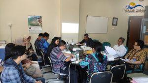 PSP; Pusat Studi Peradaban; Sugiono S.T. M.T. Ph.D.; Dr. Mohammad Nuh S.IP. M.Si.; Dr. Moh. Fadli S.H. M.H.; Dr. Ir. Edi Susilo M.S.; Widodo Basuki, S.Pd; Zainal Arifien S.Kom; Presentasi Pemetaan Kapasitas dan Kinerja PSP 2019-2020; 2019; Selasa 26 Februari 2019; 21 Jumadil Tsaniyah 1440; 08.00-09.00; BPPM; Fakultas Hukum; Universitas Brawijaya; LPPM; UB; FH; Presentasi; Pemetaan; Kapasitas; Kinerja; 2019-2020;